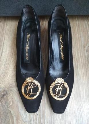 Шикарные замшевые туфли от всемирно известного лагерфельда