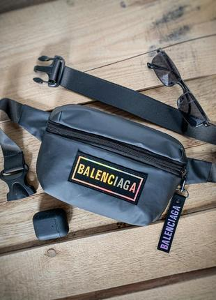 Новая шикарная качественная сумка через плече бананка /balenciaga клатч / кроссбоди
