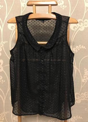 Очень красивая и стильная брендовая блузка чёрного цвета.