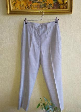 Итальянские фирменные брюки чиносы,тонкая шерсть, р.38