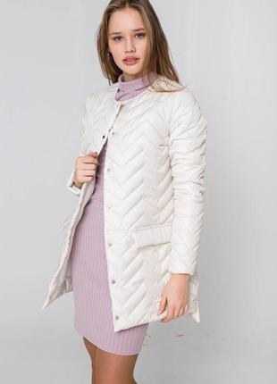 Бежевый плащ (удлиненная куртка) демисезонный, осенний - распродажа - скидки