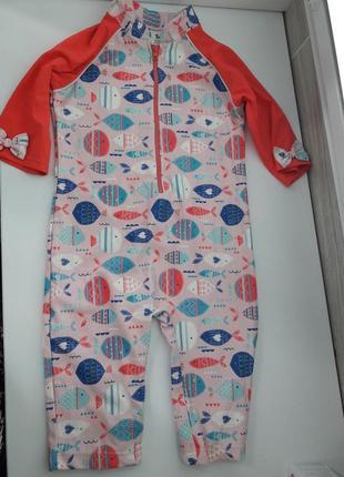 Купальный костюм tu c защитой от солнца spf 40 на 4-5 лет.