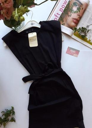 Платье хлопковое с подплечниками черное