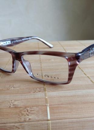 Фирменная актуальная оправа под линзы,очки richmond jr183