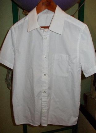 Белая рубашка с коротким рукавом на 12-13 лет рост 152-158см