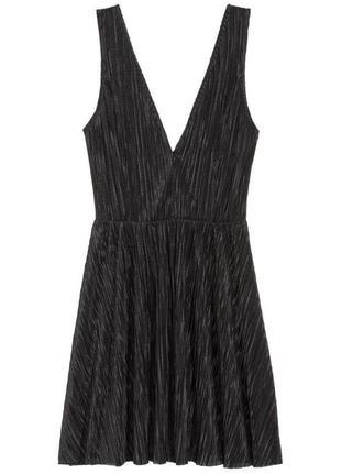 Платье плиссированное плиссировка чёрная v вырез миди солнце большое