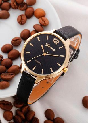 Часы наручные женские годинник