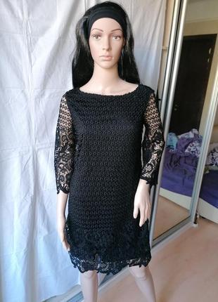 Черное платье из плотного кружева s.oliver (к086)