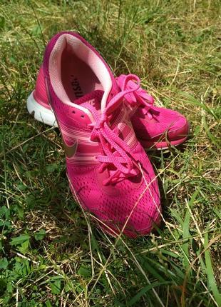 Жіночі спортивні кроси кроссовки кросівки nike pegasus 29