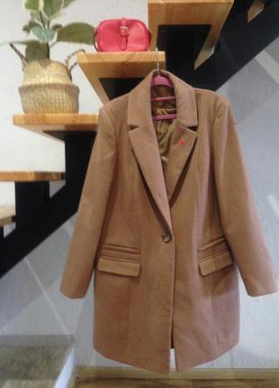 Пальто осенней в размере l-xl
