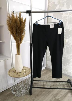 Черные брюки, р. 18