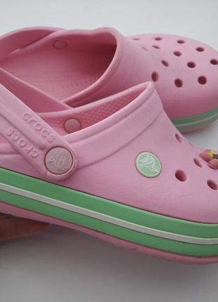 Crocs  j1