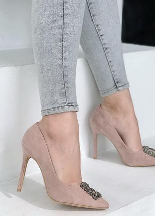 Новые женские  пудровые туфли лодочки на шпильке