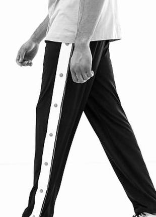 Спортивные брюки на кнопках штаны