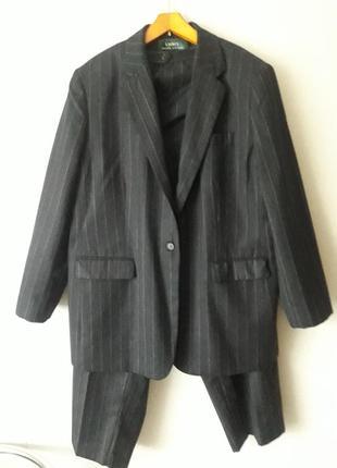 Шикарный статусный брючный костюм 100% шерсть