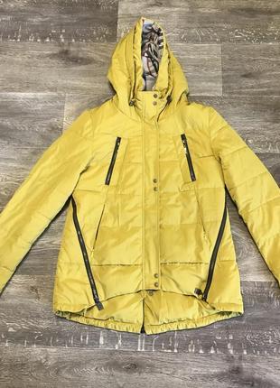 Курточка зимняя colin's