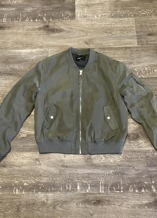 Бомбер fb sister бомпер куртка