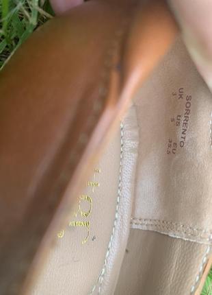 Кожаные туфельки балетки на низком каблуке для золушки6 фото