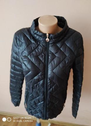 Легенька демисезона куртка
