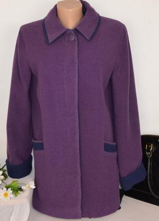 Брендовое фиолетовое шерстяное демисезонное пальто с карманами honor millburn at ewm