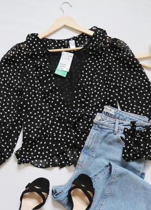Новая блузка  с рюшами
