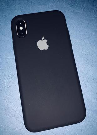 Оченьь крутой и качественный чехол на айфон