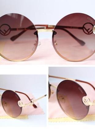 Новые очки в стиле fendi