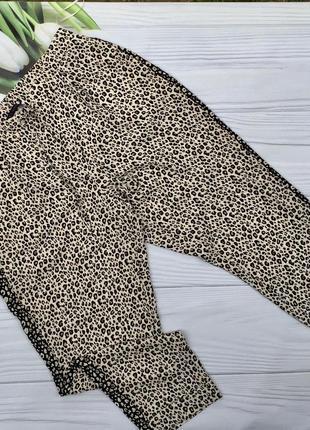 Легкие брюки с высокой посадкой анималистичный принт m&s
