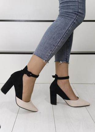 Стильные туфли комбинированные, туфли на устойчивом каблуке, красивые туфли лодочки