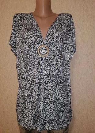 Красивая трикотажная футболка, блузка батального размера bm