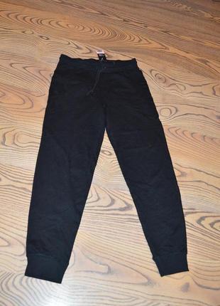 Трикотажные штаны черные, спортивные размер м 48-50 евро livergy