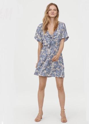 H&m платье с узором, xs
