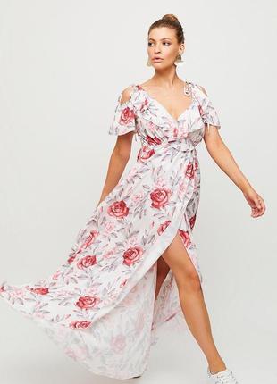 Платье макси из легкой летней ткани с имитацией запаха с v-образным вырезом