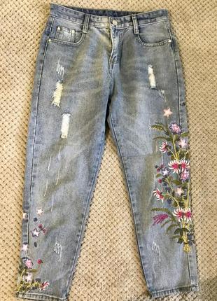 Женские джинсы с высокой посадкой с вышивкой / 28 / s-m