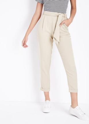 Летние бежевые брюки с поясом new look