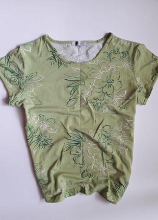Красива футболка orsay