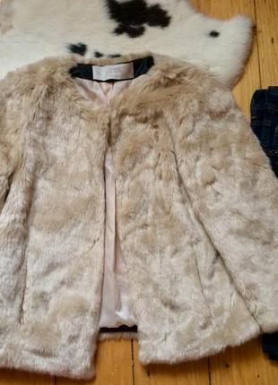 Стильная шубка куртка zara