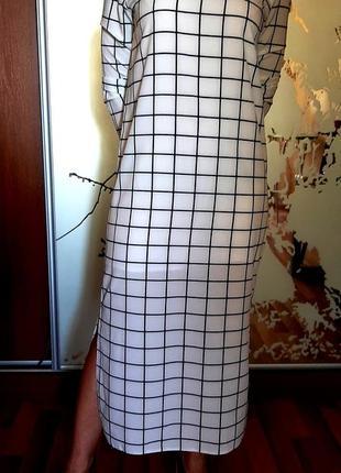 Белоснежное платье макси в клетку с разрезами be om