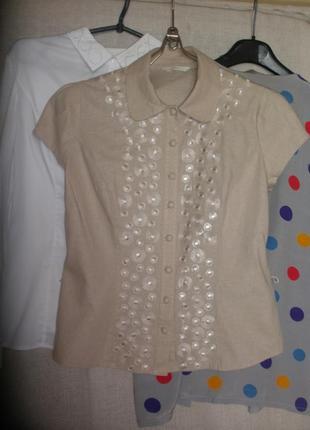 Льняная  с вышивкой рубашка блузка c короткими рукавами m&s  и обтяжными пуговицами