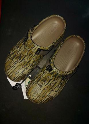 Сабо crocs mossy oak