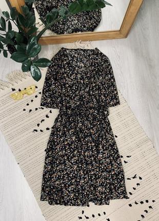Плаття в квітковий принт на запах від new look🌿
