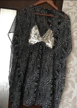Платье туника на море
