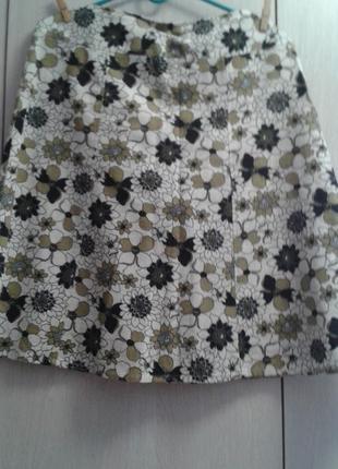 Юбка в цветы бело-коричнево-хаки,atmosphere
