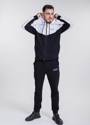 Мужской спортивный костюм с толстовкой на молнии