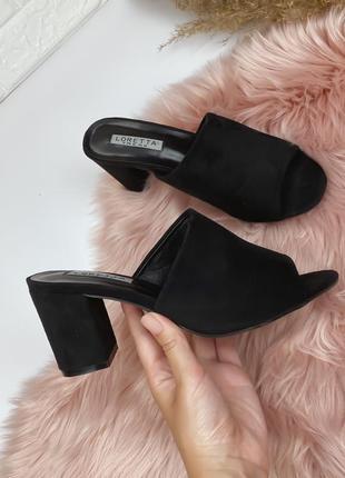 Распродажа сезона босоножки шлепанцы туфли черные удобная колодка