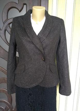 H&m симпатичный оригинальный пиджак