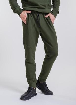 Спортивные мужские штаны с манжетами