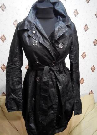 Стильный плащ, тренч, удлинённая куртка, ветровка