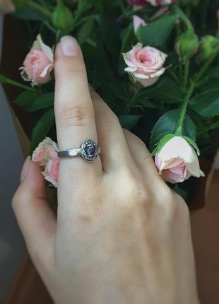 Серебряное кольцо с фиолетовым камнем цирконием 925 проба италия