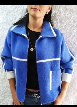 Куртка с карманами на молнии.  альпака